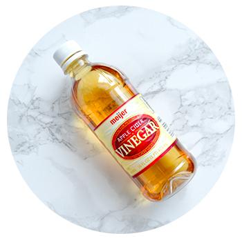 Step 2 – Apple Cider Vinegar Rinse